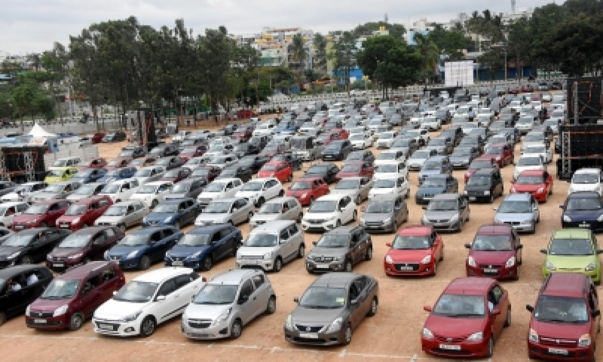 Yoy Vehicle Registrations Plunged By Over 28% In March: Fada-TeluguStop.com