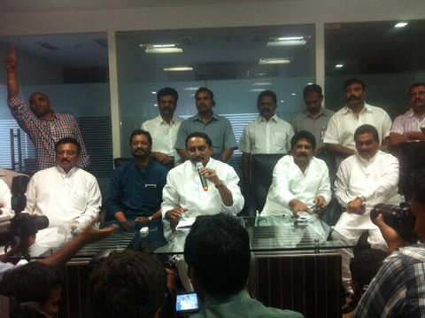 Official: Kiran Announced His New Party-TeluguStop.com
