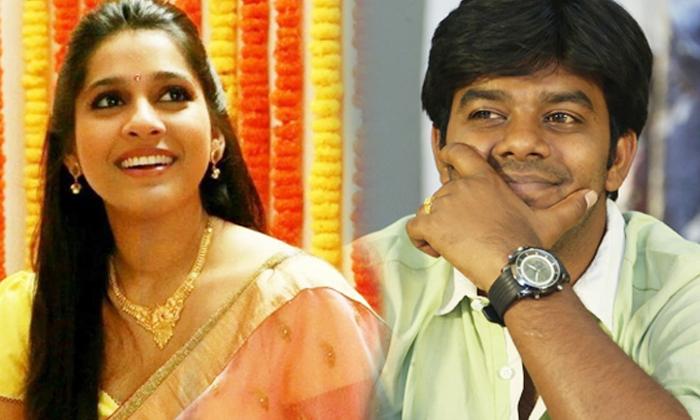 Udheer Rashmi Love Acting For Tv Programmes-సుధీర్, రష్మీ లేని ప్రేమను బతికించుకుంటూ వస్తున్నారు, ఎందుకంటే-Movie-Telugu Tollywood Photo Image-TeluguStop.com