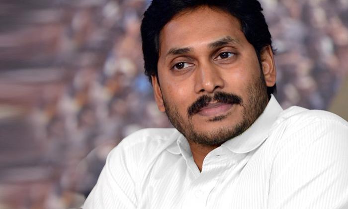 Ys Jagan Trouble On Officers Behavior-TeluguStop.com