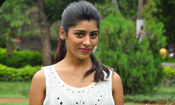 Unknown Facts About Actress Gayathri Guptha-గాయత్రి గుప్తా జీవితంలో అనేక చేదు నిజాలు..ఆమె మాటల్లోనే ..-Latest News - Telugu-Telugu Tollywood Photo Image-TeluguStop.com