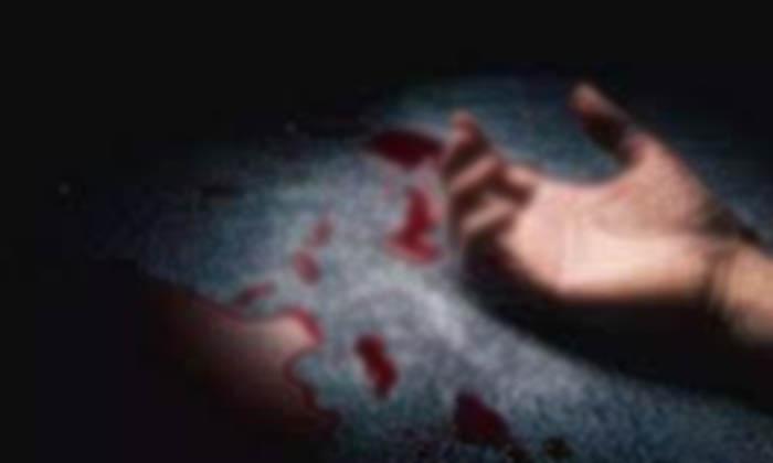 Married Women Killed Her Husband For Illegal Affair-TeluguStop.com