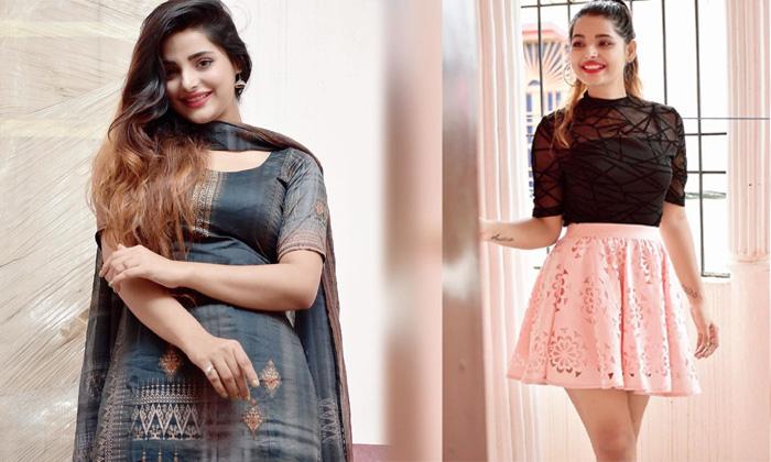 Amazing Pictures Of Actress Anushka Srivastava-telugu Actress Hot Photos Amazing Pictures Of Actress Anushka Srivastava High Resolution Photo