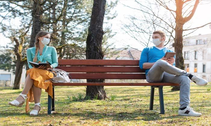 Mask Social Distancing Will Be Crucial Even After Covid 19 Vaccine Scientist-వాక్సిన్ వచ్చినా మాస్కులు పెట్టుకోవాల్సిందే-Breaking/Featured News Slide-Telugu Tollywood Photo Image-TeluguStop.com
