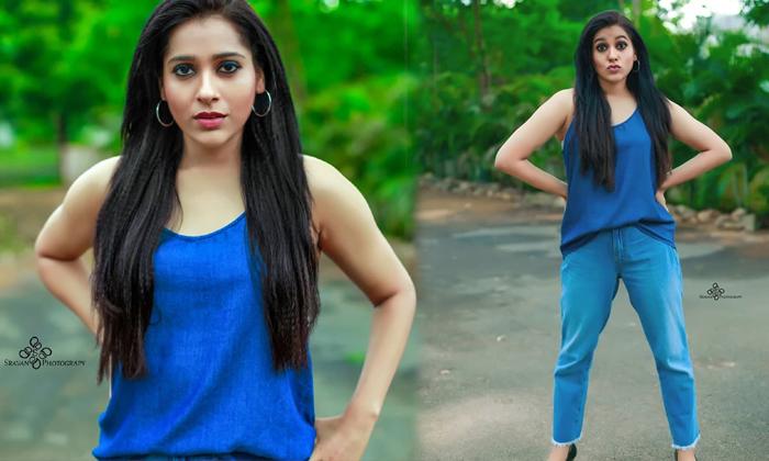 Anchor Rashmi Gautam Blue Dress Images-telugu Actress Hot Photos Anchor Rashmi Gautam Blue Dress Images - Telugu Age 20 High Resolution Photo