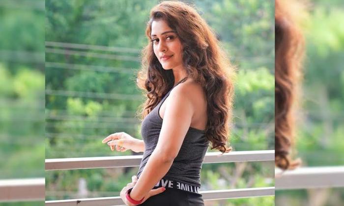 TeluguStop.com - Payal Rajput Fulfils Her Dream Of Dubbing-Movie-English-Telugu Tollywood Photo Image