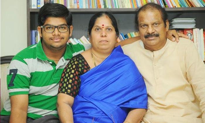 Comedian Dharmavarapu Suramanyam Family Details-TeluguStop.com