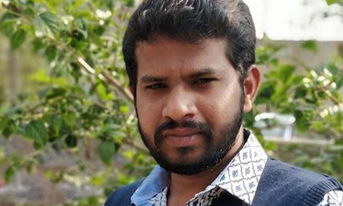 Jabardasth Hyper Aadi Tested Corona Positive News Viral In Social Media-TeluguStop.com