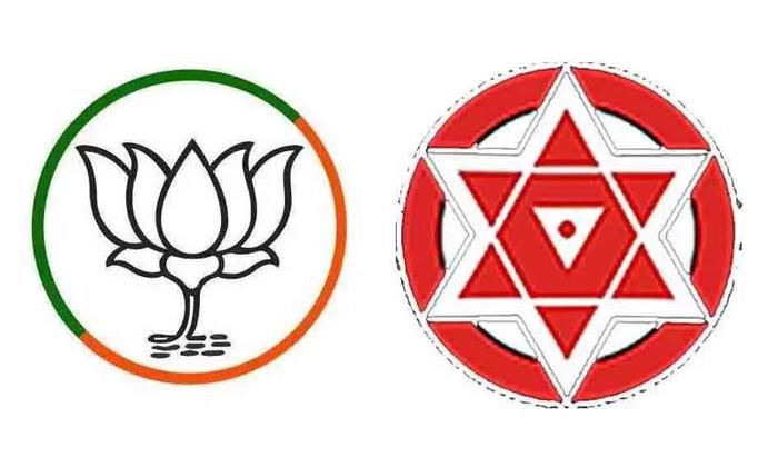 Janasena Chief Pawan Kalyan Take Sensational Desistion About Telangana Elections-TeluguStop.com