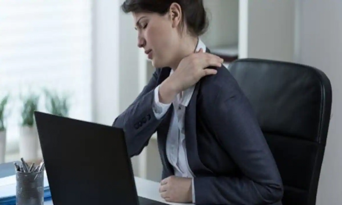 Side Effects With Overusing Of Laptop-TeluguStop.com