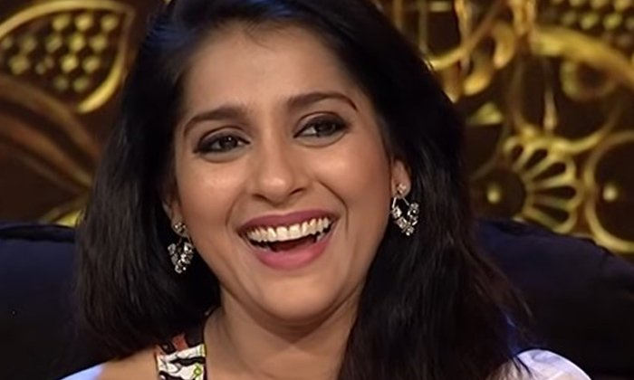 Star Anchor Rashmi Gautam Tested Corona Positive-TeluguStop.com