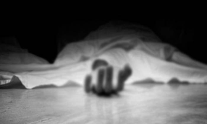 Man Commits Suicide For Online Money Loss In Hyderabad-TeluguStop.com