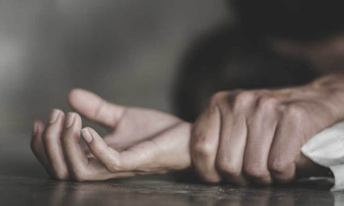 20 Years Young Boy Rape Attempt On 90 Years Old Women In Tamlnadu-TeluguStop.com