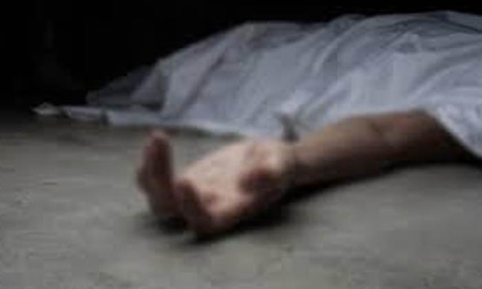Men Brutally Killed Married Women For Extramarital Affairs-TeluguStop.com