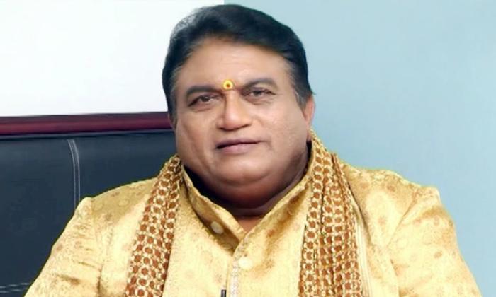 Telugu Chadwick Bosman, Irrfan Khan, Jayaprakash Reddy, Rishi Kapoor, Saroj Khan, Sp Balasubramaniam, Sushant Singh Rajput-Latest News - Telugu