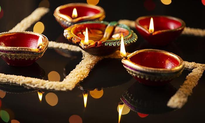 Swastik Symbol Importance Pooja-ధాన్యాలతో స్వస్తిక్ రంగోలి…. దీపాలను వెలిగిస్తే-Latest News - Telugu-Telugu Tollywood Photo Image-TeluguStop.com