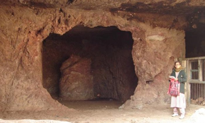 Telugu Buddhist Caves Unearthed, Department Of Archeology, Gujarath, Somnath Temple, బౌద్ధ గుహలు-Telugu Bhakthi