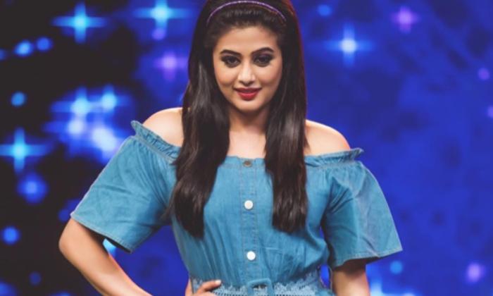 Priyamani Ready To Glamour Roles-కథ డిమాండ్ చేస్తే ఎప్పుడైనా రెడీ అంటున్న ప్రియమణి-Latest News - Telugu-Telugu Tollywood Photo Image-TeluguStop.com