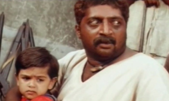 Anthapuram Movie Child Artist Then And Now-అంతఃపురంలో నటించిన చైల్డ్ ఆర్టిస్ట్ ఇప్పుడు ఎలా ఉన్నాడో తెలుసా-General-Telugu-Telugu Tollywood Photo Image-TeluguStop.com