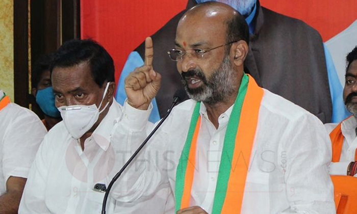 TeluguStop.com - తెలంగాణలో హిందుత్వ ఎజెండాతోనే బీజేపీ ముందుకు వెళ్లనుందా-Latest News - Telugu-Telugu Tollywood Photo Image