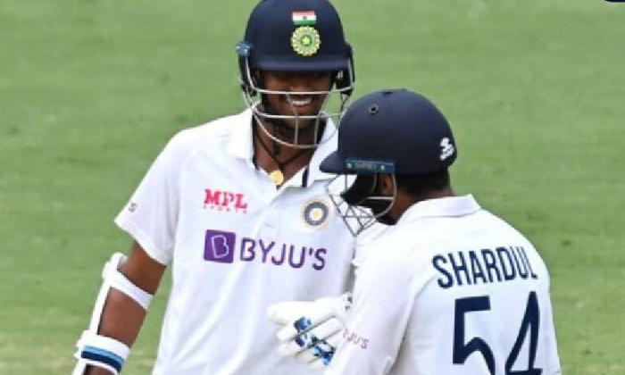 Brisbane Test Aus India 4th Test Shardul Half Century-బ్రిస్బేన్ టెస్ట్: మొదటి ఇన్నింగ్స్ లో ఆసిస్ కే ఆధిక్యం..-General-Telugu-Telugu Tollywood Photo Image-TeluguStop.com