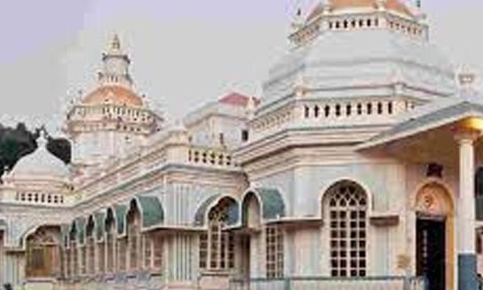 Goa Shiva Temple-TeluguStop.com