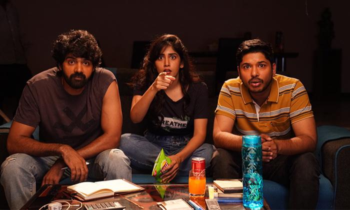 Late Director Praveen Varma Directorial Super Over Release On Aha-చనిపోయిన దర్శకుడు సినిమా రిలీజ్ కాబోతుంది… హీరోయిన్ భావోద్వేగం-Latest News - Telugu-Telugu Tollywood Photo Image-TeluguStop.com