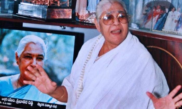 Actress Nirmalamma Grand Son Also An Actor-TeluguStop.com