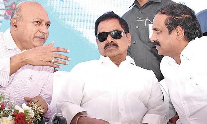 TeluguStop.com - రాజకీయాల నుంచి తప్పుకోనా… ఏపీ డిప్యూటీ సీఎం సంచలనం..-Political-Telugu Tollywood Photo Image