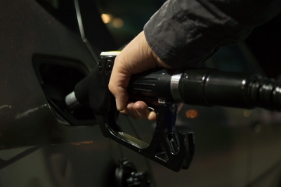 Fuel Prices Rise Again, Reach New Highs On Friday-TeluguStop.com