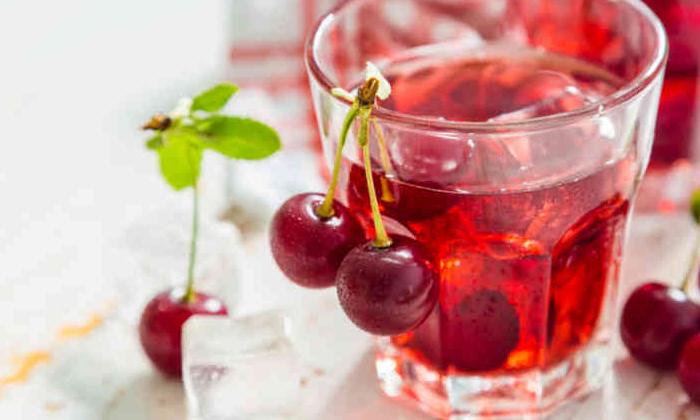 What Are The Benefits Of Eating Red Cherries-రెడ్ చెర్రీస్ తినడం వల్ల ఎలాంటి లాభాలంటే.-General-Telugu-Telugu Tollywood Photo Image-TeluguStop.com
