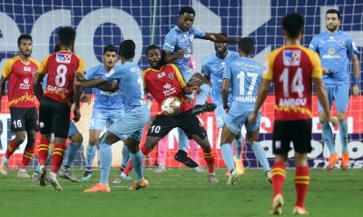 TeluguStop.com - Mumbai City Beat East Bengal 1-0, Extend Unbeaten Run To 11 Games-Latest News English-Telugu Tollywood Photo Image
