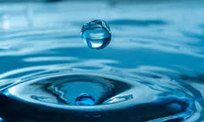 Researchers Singapore University Air Into Water-ఎటువంటి శక్తి లేకుండానే గాల్లోంచి నీటిని వేరు చేస్తుంది.. ఎలా అంటే-General-Telugu-Telugu Tollywood Photo Image-TeluguStop.com