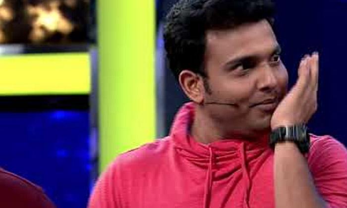 Viral Tearful Getup Srinu Performance-TeluguStop.com