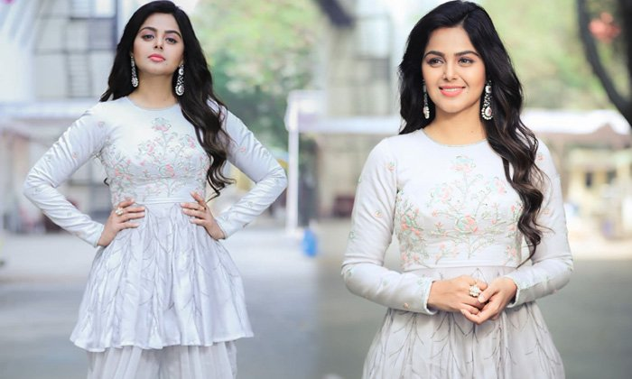 Gujartathi Beauty Monal Gajjar Beautiful Clicks - Telugu Monal Gajjar Cute Details Hd Wallpaper Images Free Download In High Resolution Photo