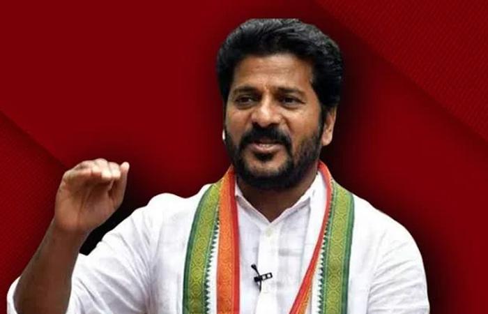 Rewanth Lives In Congress And Makes A Big Sketchrewanth Reddy Congress-కాంగ్రెస్ లో ఉంటూ బిగ్ స్కెచ్ వేస్తున్న రేవంత్-Latest News - Telugu-Telugu Tollywood Photo Image-TeluguStop.com