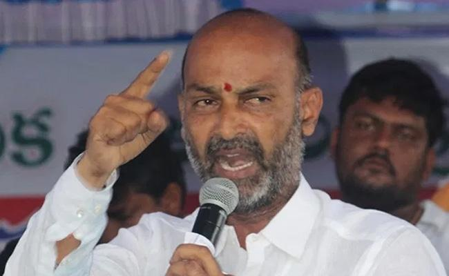 Sanjay Is Angry With The Telangana-TeluguStop.com