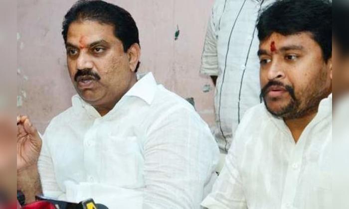TeluguStop.com - బెజవాడ పాలిటిక్స్లో టీడీపీ Vs టీడీపీ… వైసీపీ Vs టీడీపీ-Political-Telugu Tollywood Photo Image
