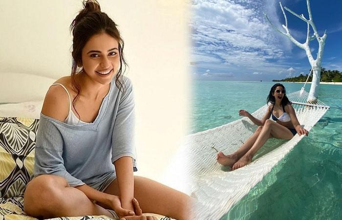 Tollywood Actress Rakul Preet Singh Throwback Clicks-telugu Actress Hot Photos Tollywood Actress Rakul Preet Singh Throw High Resolution Photo