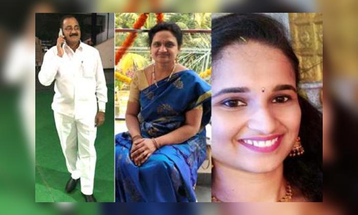 Srsp Canals Killing Lives With Car Accident At Katlakuta-ప్రాణాలు తీస్తున్న కెనాల్స్.. మరో ముగ్గురు మృతి.. -Breaking/Featured News Slide-Telugu Tollywood Photo Image-TeluguStop.com