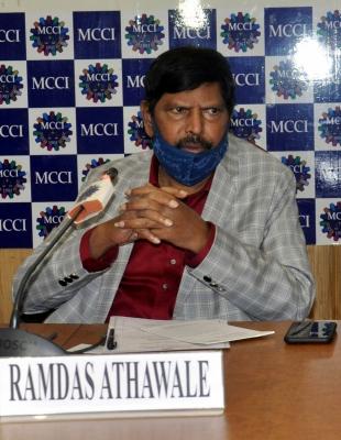 Athawale Demands 15% Reservation For Kshatriyas In Up-TeluguStop.com