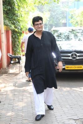 Cbfc Chairperson Prasoon Joshi: Govt Measures On Social Media, Ott To Provide Clarity-TeluguStop.com