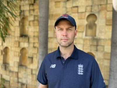 Coach Trott On Thin Ice As Eng Batting Falters, Vows Fightback-TeluguStop.com