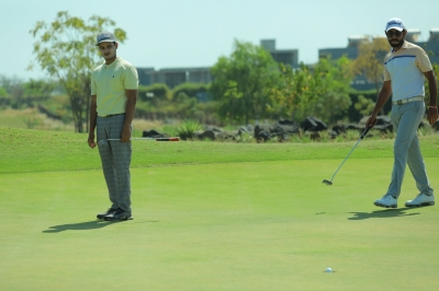 Glade One Masters Golf: Chouhan, Gandas In Joint Lead After 3rd Rd-Latest News English-Telugu Tollywood Photo Image-TeluguStop.com