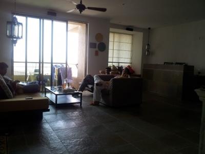 Kangana Ranaut Transforms Her Parents' Home-Bollywood News-Telugu Tollywood Photo Image-TeluguStop.com