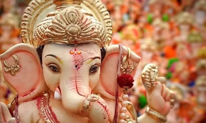 Favourite Flowers Of Lord Ganesha-TeluguStop.com