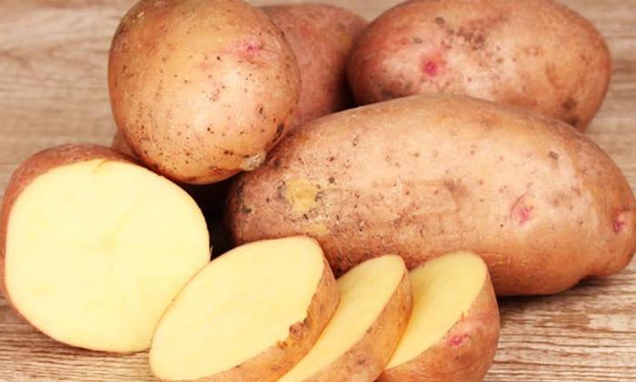 Potato Helps To Grow Hair-పొడవాటి జుట్టు కోసం బంగాళాదుంప.. ఎలా వాడాలంటే-Latest News - Telugu-Telugu Tollywood Photo Image-TeluguStop.com