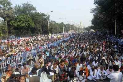 Left-cong To Hold Mega Rally At Kolkata's Brigade Ground Tomorrow-TeluguStop.com