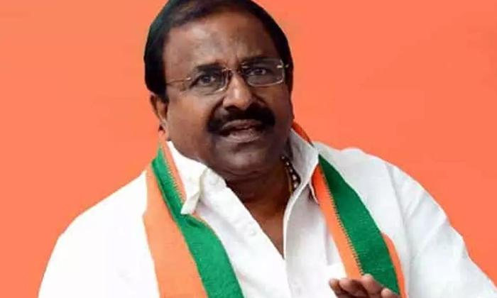 TeluguStop.com - ఎడిటోరియల్ : ఈ బీజేపీకి ఆ బీజేపీనే శత్రువు -Political-Telugu Tollywood Photo Image