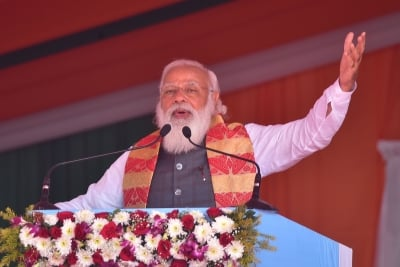 Pm To Visit Poll-bound Assam, Bengal On Monday-TeluguStop.com
